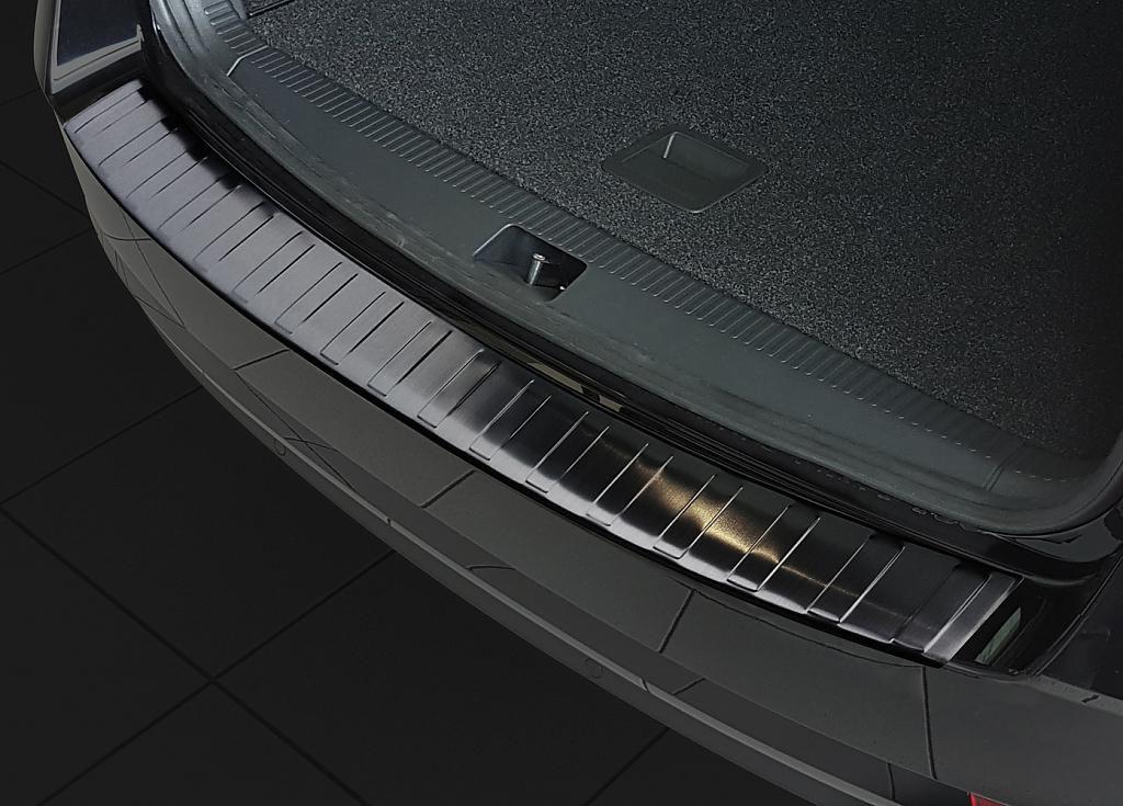 Globmel Kryt prahu zadních dveří Škoda Octavia III kombi facelift - černý grafit