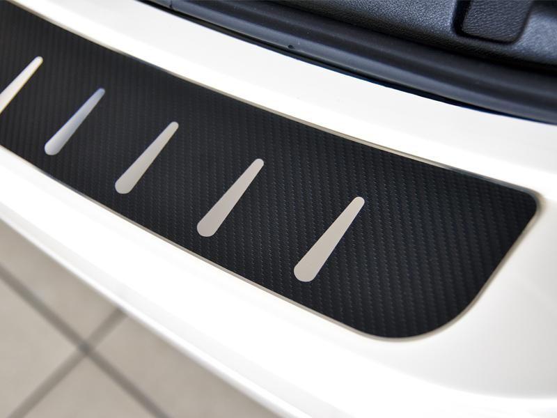 Alufrost Kryt prahu pátých dveří - nerez+karbon folie Seat Ateca