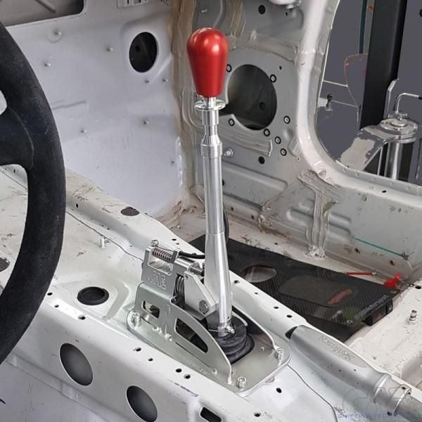 Kulisa řazení CAE Ultra Shifter na BMW Z4 E85 / E86 6-st. (03-09)