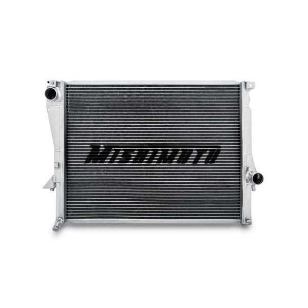 Hliníkový závodní chladič Mishimoto BMW Z3 (99-02) X-Line