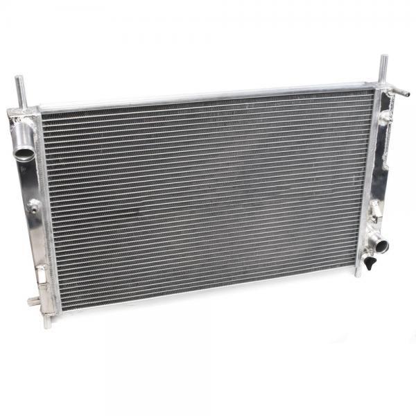 Hlinikový závodní chladič Jap Parts Ford Mondeo Mk2 ST200 ST24 2.5 V6 (96-00) / Cougar 2.0/2.5 V6 (98-01)