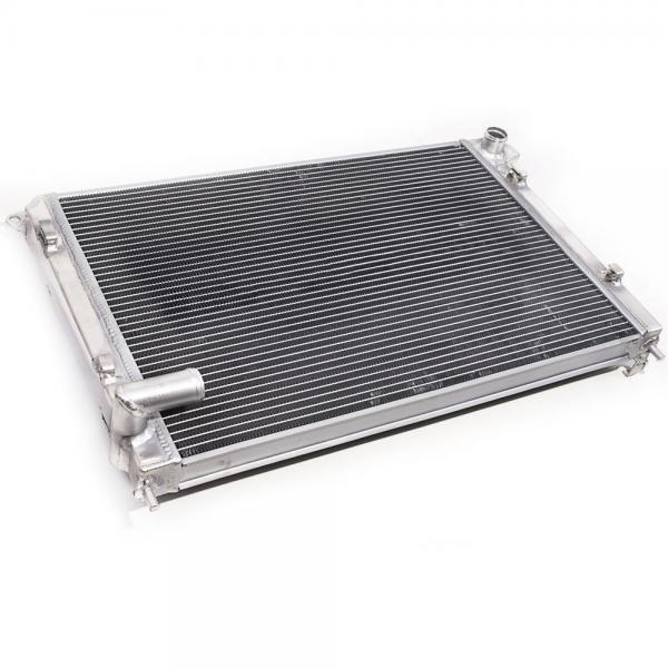 Hlinikový závodní chladič Jap Parts BMW Mini Cooper / One R50 / R52 / R53 1.6 (01-08) - klima
